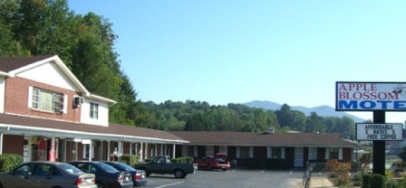 Black Mountain Nc Le Blossom Motel Not Rated