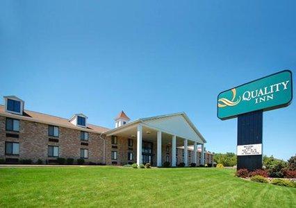 Enola, PA - Quality Inn Riverview (PA010)